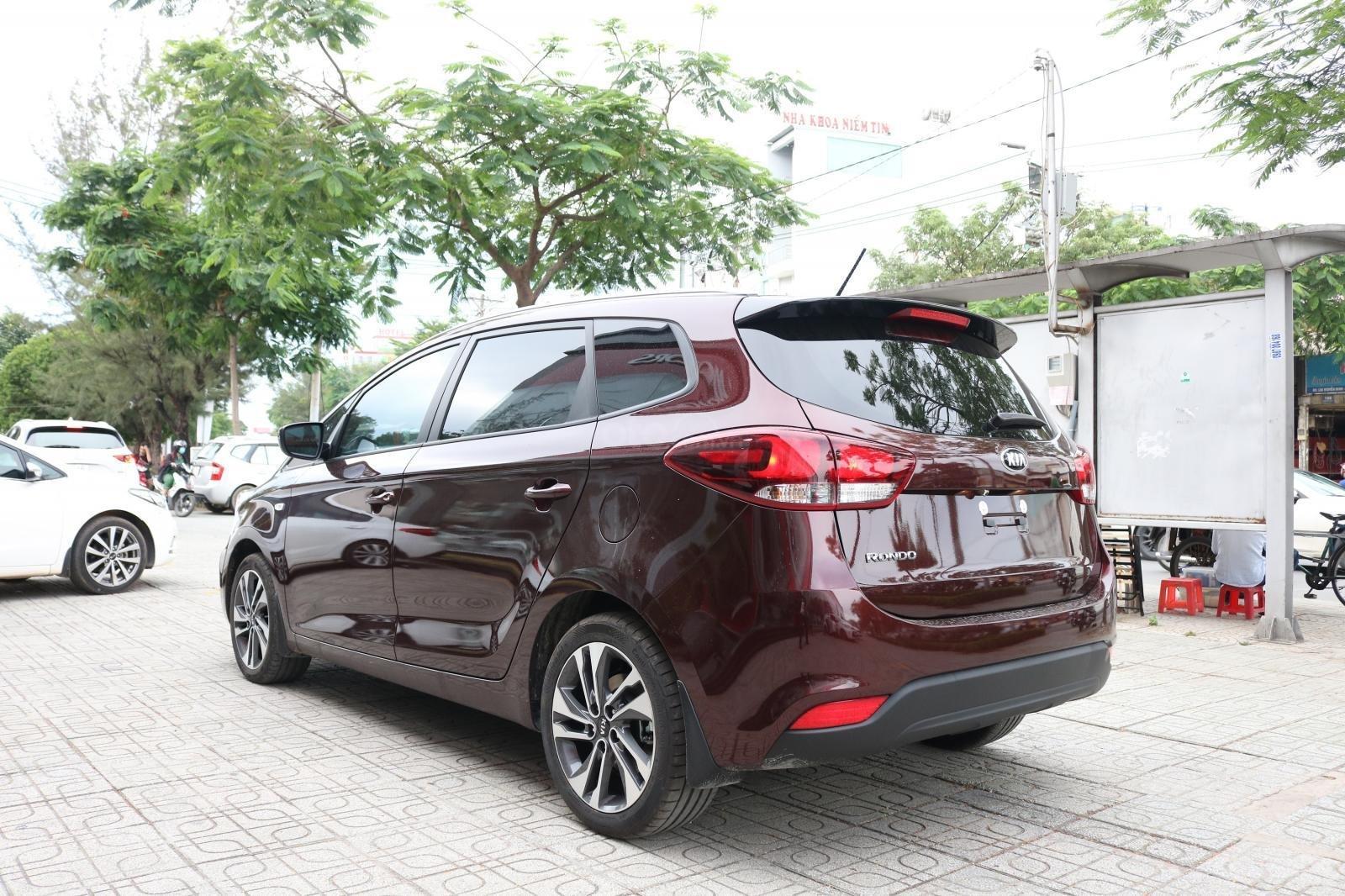 Kia Rondo sx 2019, số sàn, giá 585tr, xe đủ màu, Giao xe liền. Giá tốt nhất Huyện Củ Chi, Hóc Môn (8)
