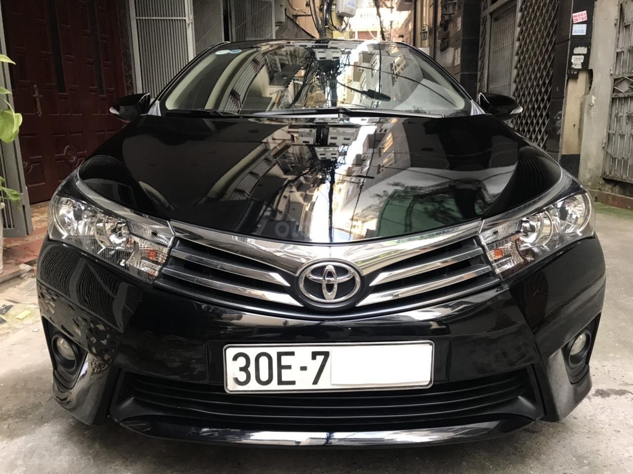 Toyota Corolla Altis 1.8G màu đen, đời 2017, số tự động đa cấp, lốp dự phòng còn mới tinh, biển đẹp, màn hình DVD (1)