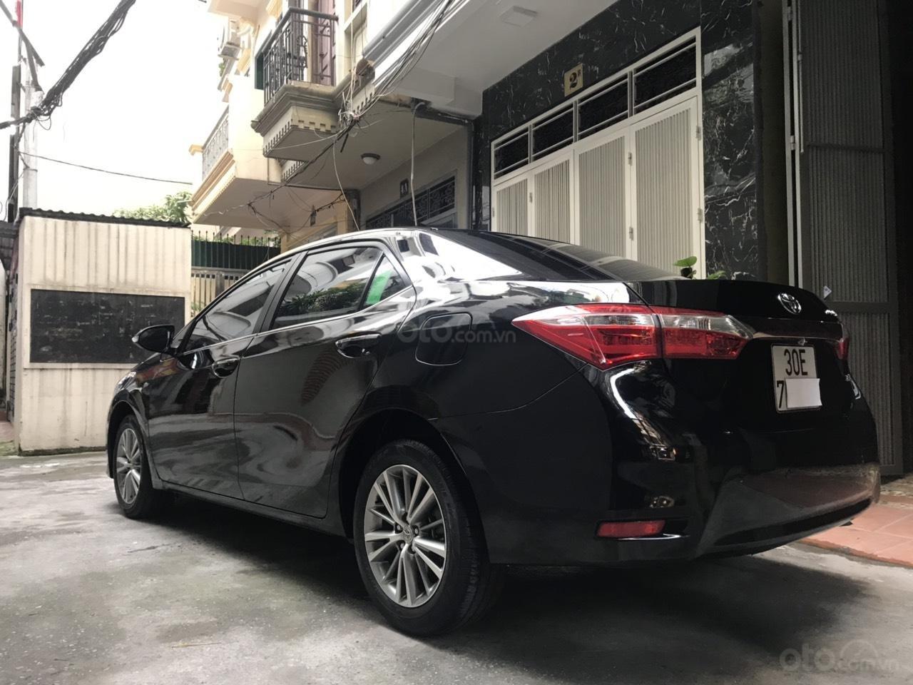 Toyota Corolla Altis 1.8G màu đen, đời 2017, số tự động đa cấp, lốp dự phòng còn mới tinh, biển đẹp, màn hình DVD (3)