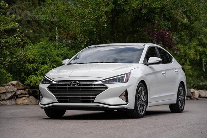 Bán xe Hyundai Elantra 2019 có sẵn, giảm ngay 20Tr tiền mặt và tặng dán phim chính hãng (3)