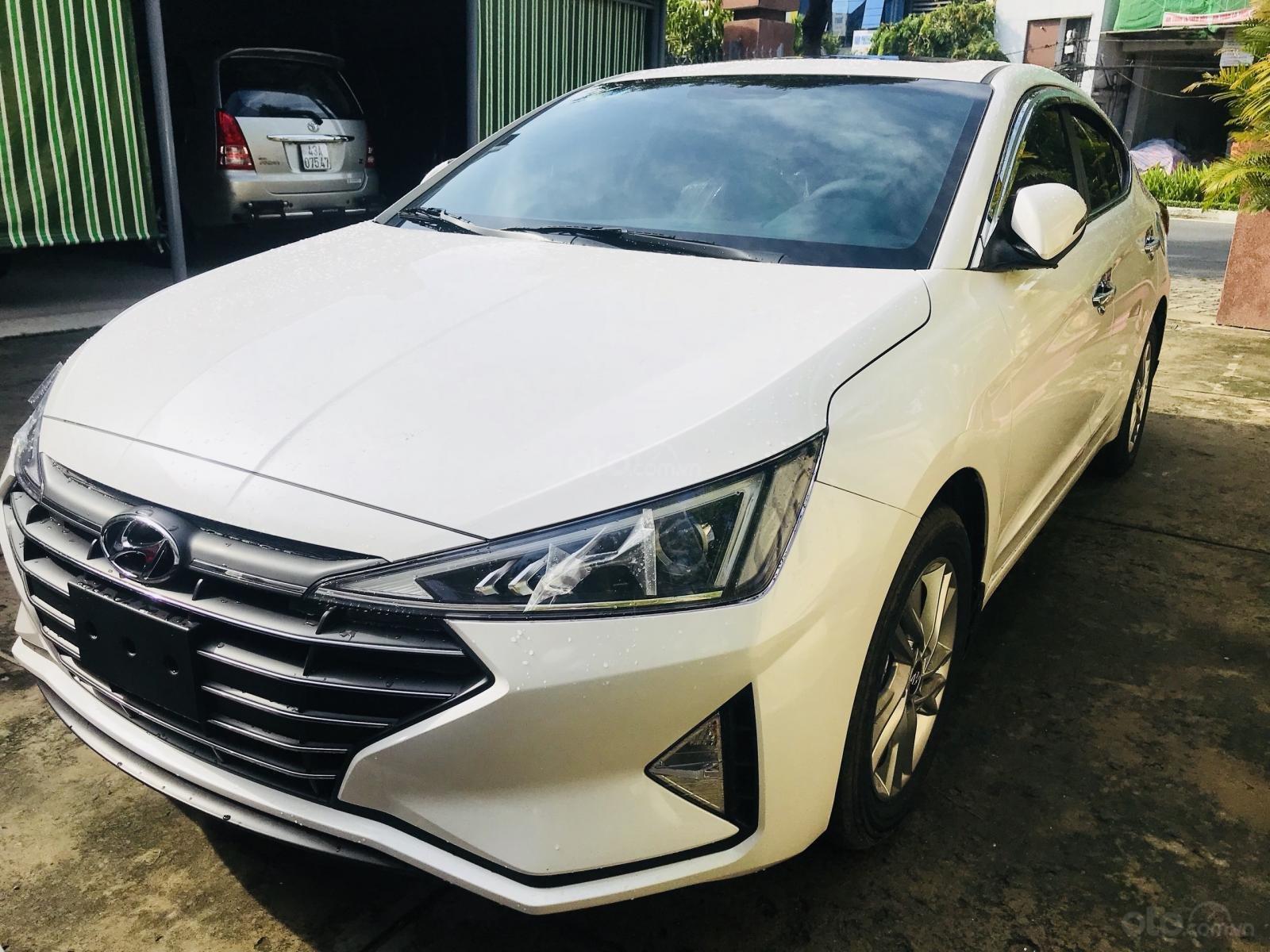 Chỉ 150 triệu, khuyến mãi 20 triệu duy nhất trong tháng 10, giao xe ngay với Hyundai Elantra 2019, hotline: 0974 064 605 (3)