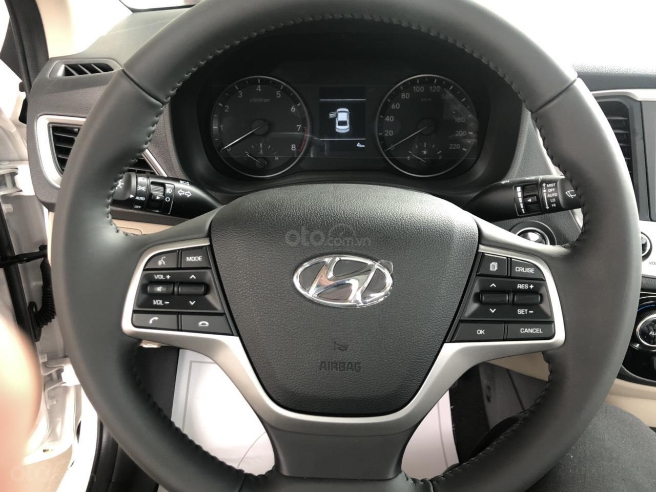 Bán Hyundai Accent 2019 - Giá tốt - xe sẵn - Bank bao đậu (11)