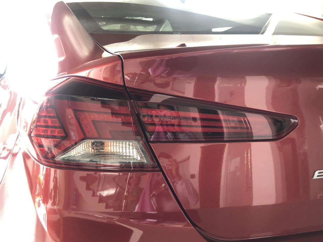 Hyundai Elentra 2019 - Giá tốt - Xe sẵn - Bank bao đậu (4)