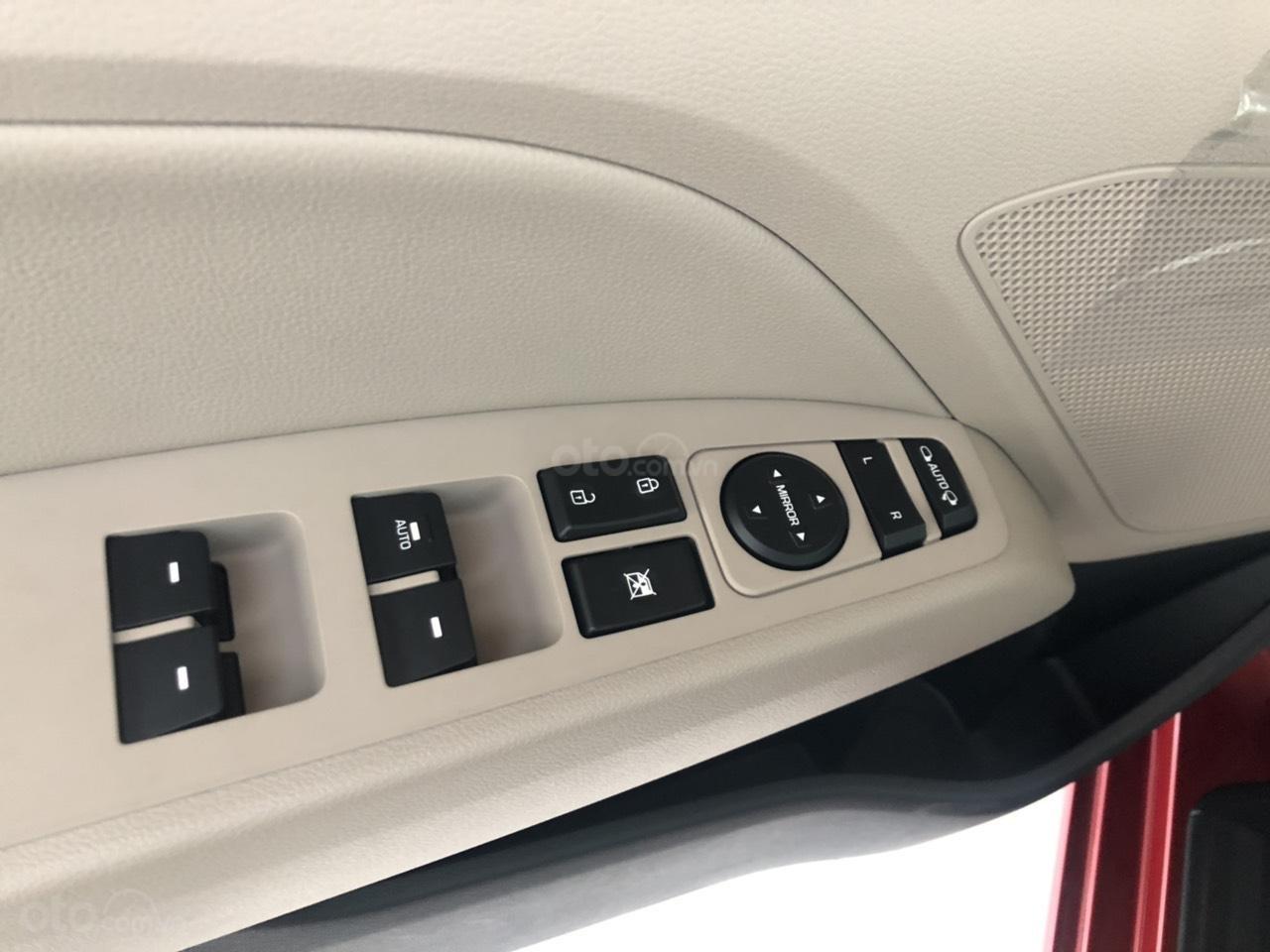Hyundai Elentra 2019 - Giá tốt - Xe sẵn - Bank bao đậu (15)