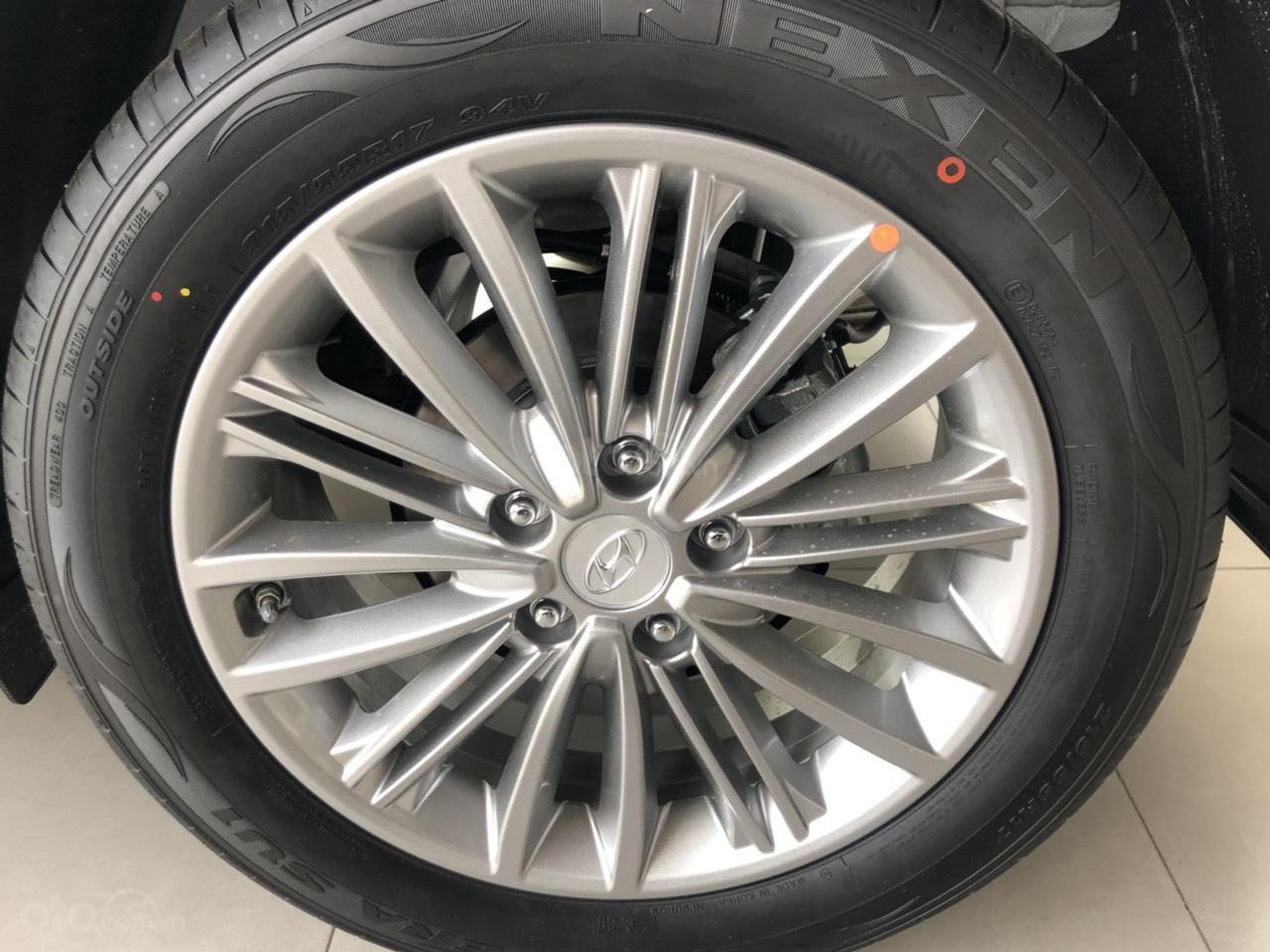 Hyundai Kona 2019 - Giá tốt - Xe sẵn - Bank bao đậu (12)