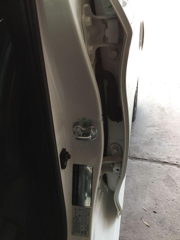 Cần bán Kia Picanto năm 2014, màu trắng số tự động (12)