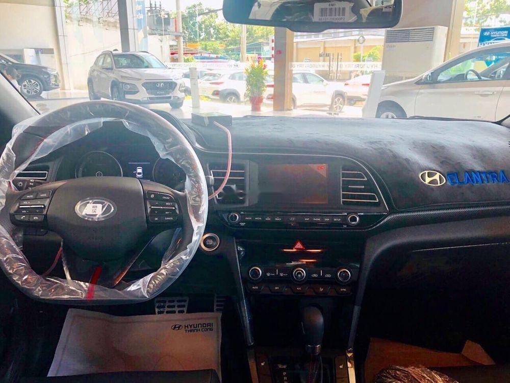 Cần bán xe Hyundai Elantra Sport đời 2019, liên hệ xem xe ngay nhận ưu đãi về giá (4)