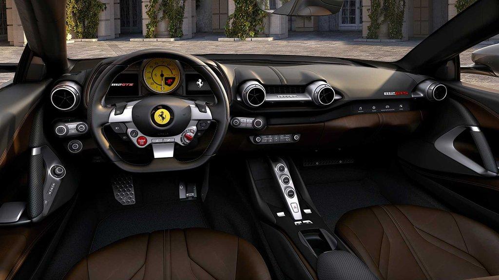 Khám phá siêu xe mui trần mạnh nhất thế giới Ferrari 812 GTS 7