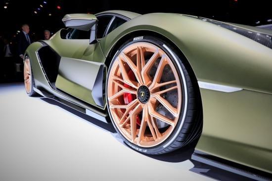 Siêu xe Hybrid Lamborghini Sian trình làng tại Frankfurt Motor Show 2019 a12