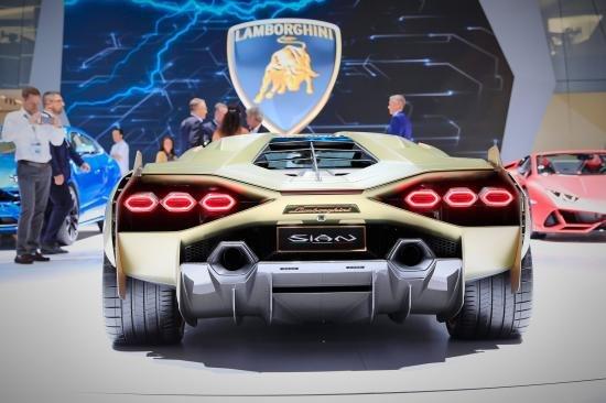Siêu xe Hybrid Lamborghini Sian trình làng tại Frankfurt Motor Show 2019 a4
