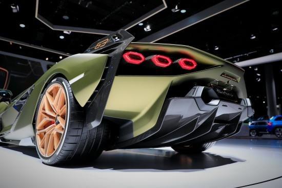 Siêu xe Hybrid Lamborghini Sian trình làng tại Frankfurt Motor Show 2019 a8