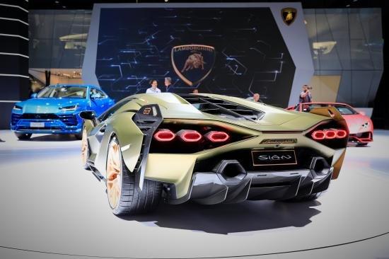 Siêu xe Hybrid Lamborghini Sian trình làng tại Frankfurt Motor Show 2019 a14