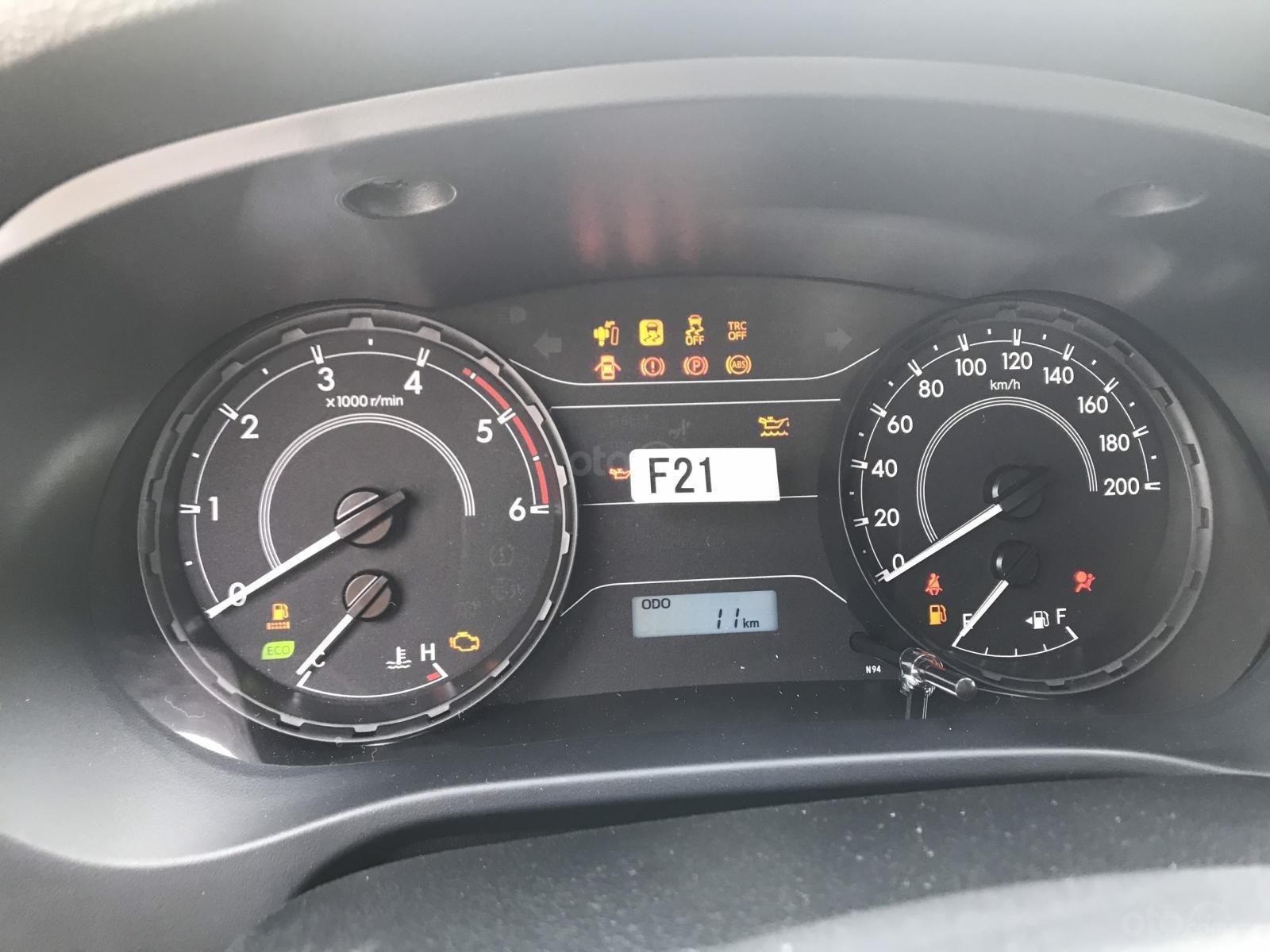 Mua bán Toyota Hilux giá rẻ nhất, giảm ngay tiền mặt, tặng phụ kiện, hỗ trợ trả góp 80%, LH: 097 698 7767 (2)