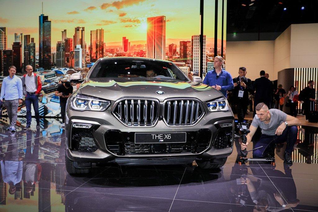BMW X6 thế hệ mới gây ấn tượng mạnh khi xuất hiện tại triển lãm Frankfurt Motor Show 2019 a1