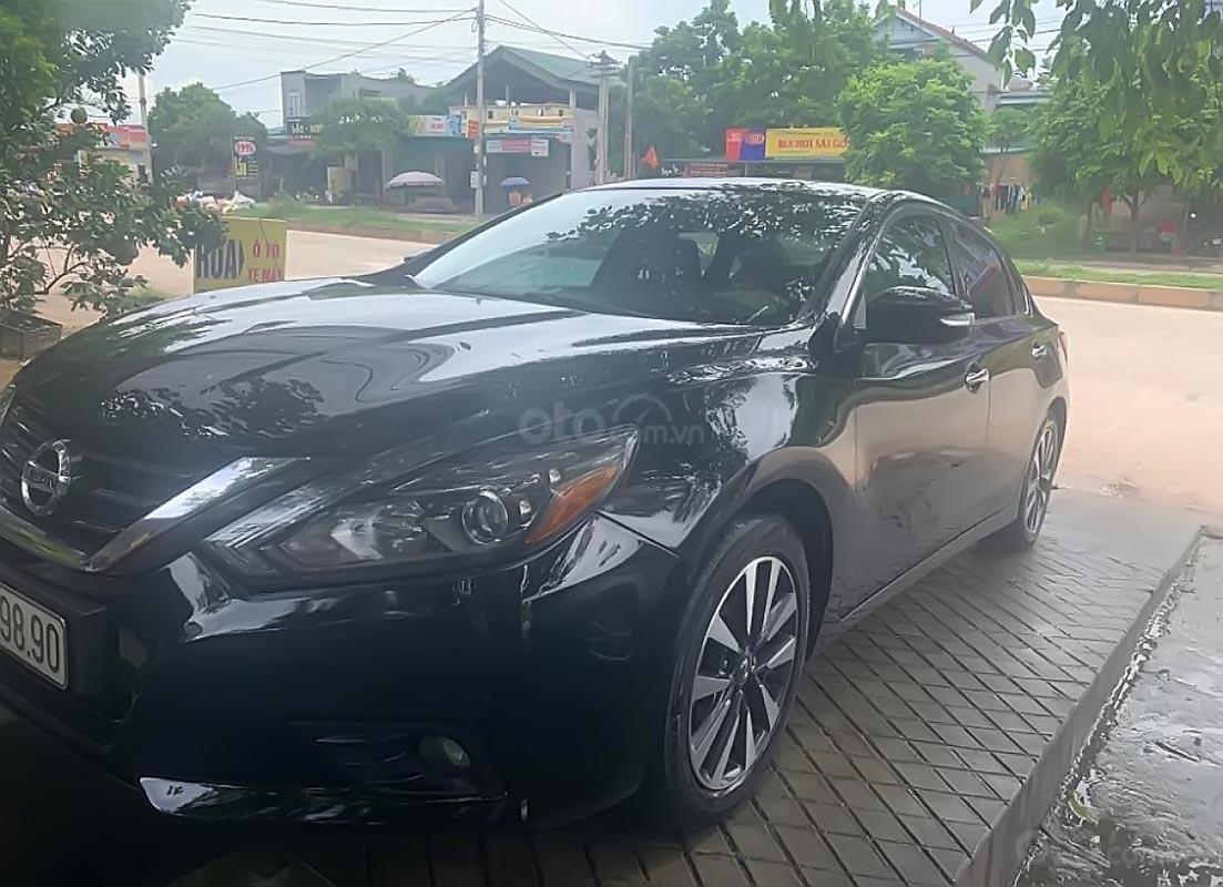 Cần bán xe Nissan Teana đời 2017, màu đen, nhập khẩu-1