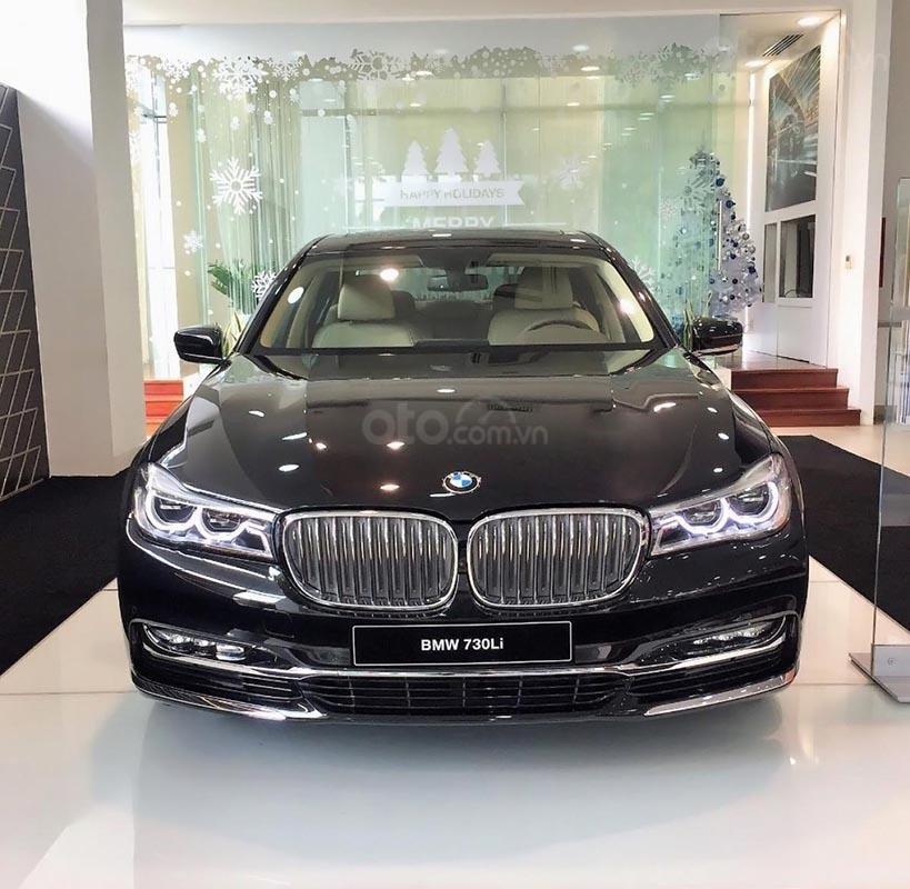 Bán ô tô BMW 730Li năm 2018, màu đen, nhập khẩu nguyên chiếc (1)