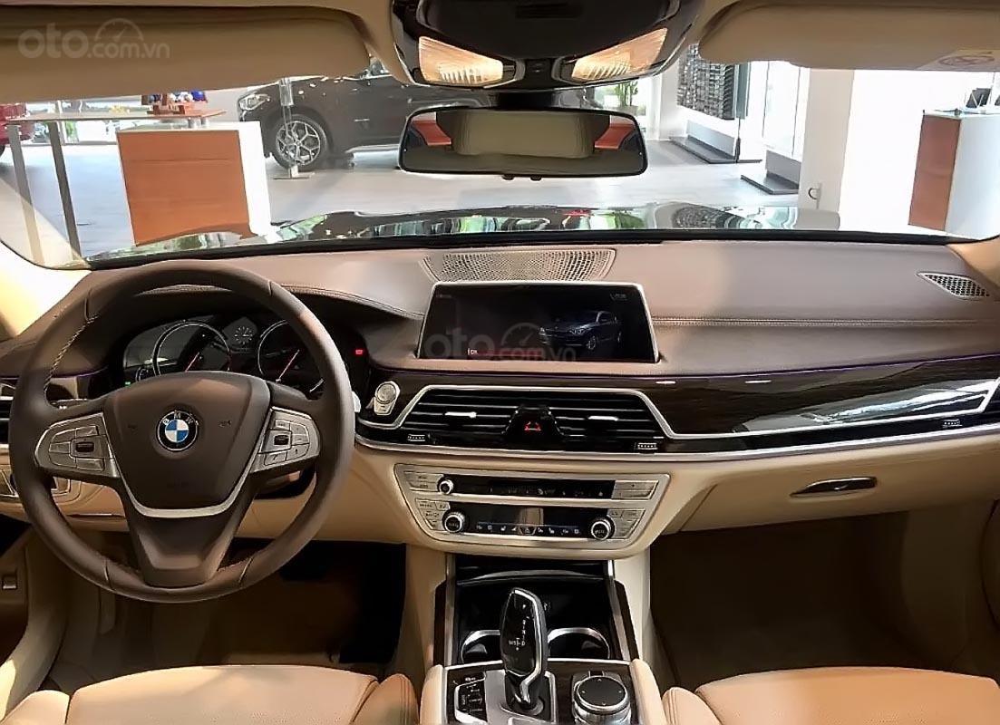 Bán ô tô BMW 730Li năm 2018, màu đen, nhập khẩu nguyên chiếc (4)