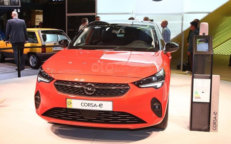 Opel/Vauxhall Corsa E.