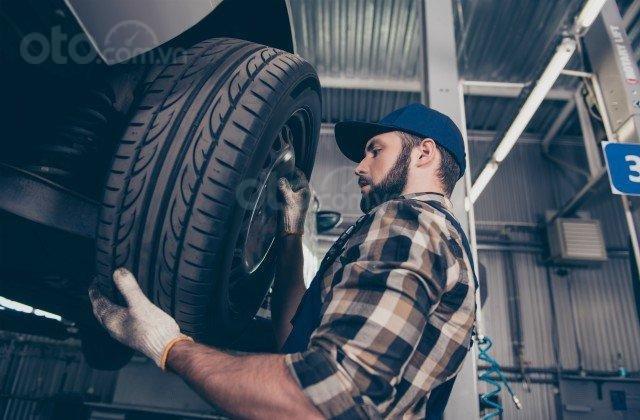 Cửa hàng bán lốp xe.