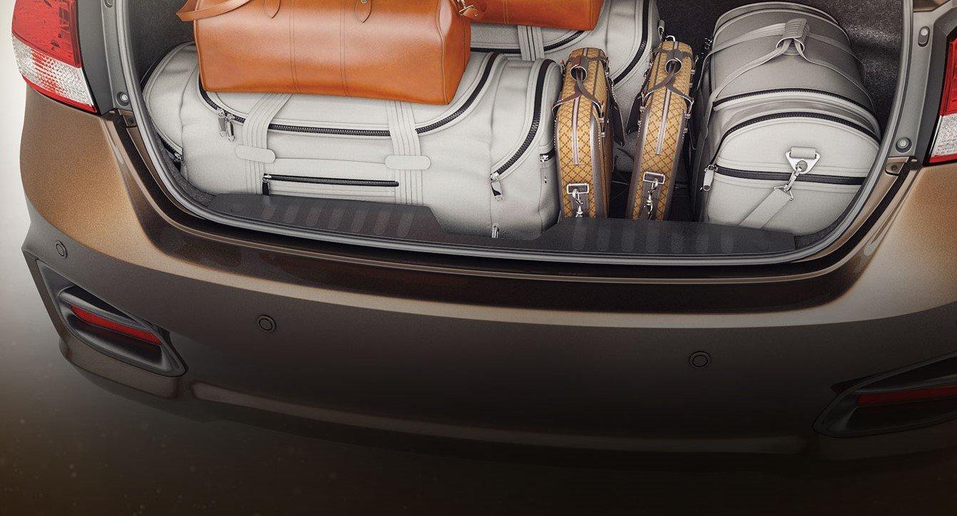 Khoang hành lý của Suzuki Ciaz 2019 có dung tích lớn hơn đối thủ nhà Hyundai với 495L a2