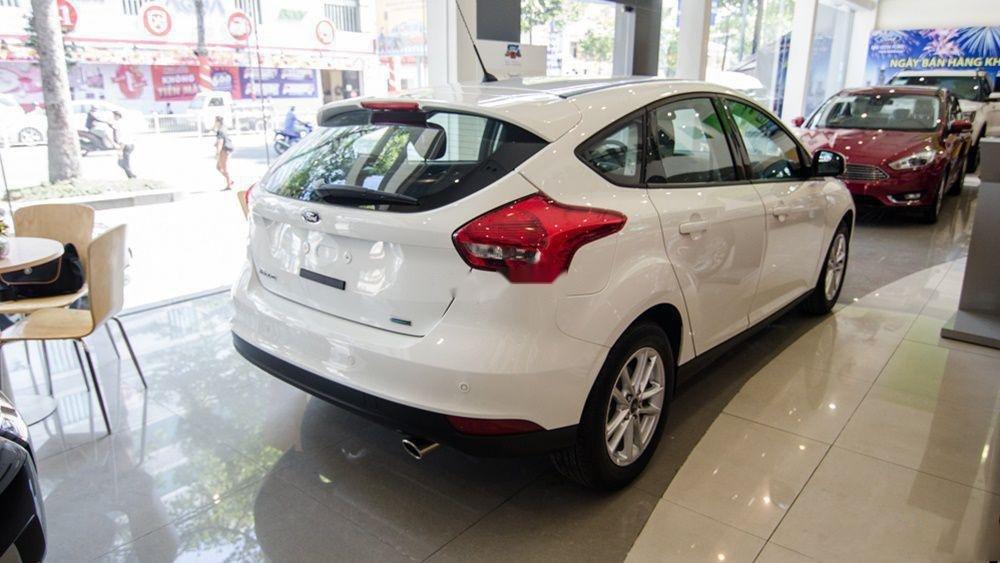 Bán Ford Focus năm sản xuất 2019, màu trắng (3)