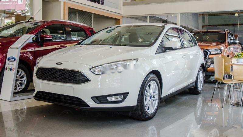Bán Ford Focus năm sản xuất 2019, màu trắng (1)