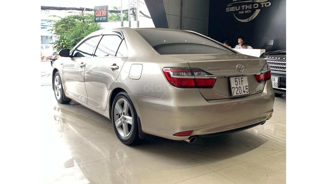 Cần bán Toyota Camry 2.5Q đời 2016 màu nâu vàng, trả trước chỉ từ 285tr, hotline: 0985.190491 (Ngọc) (5)