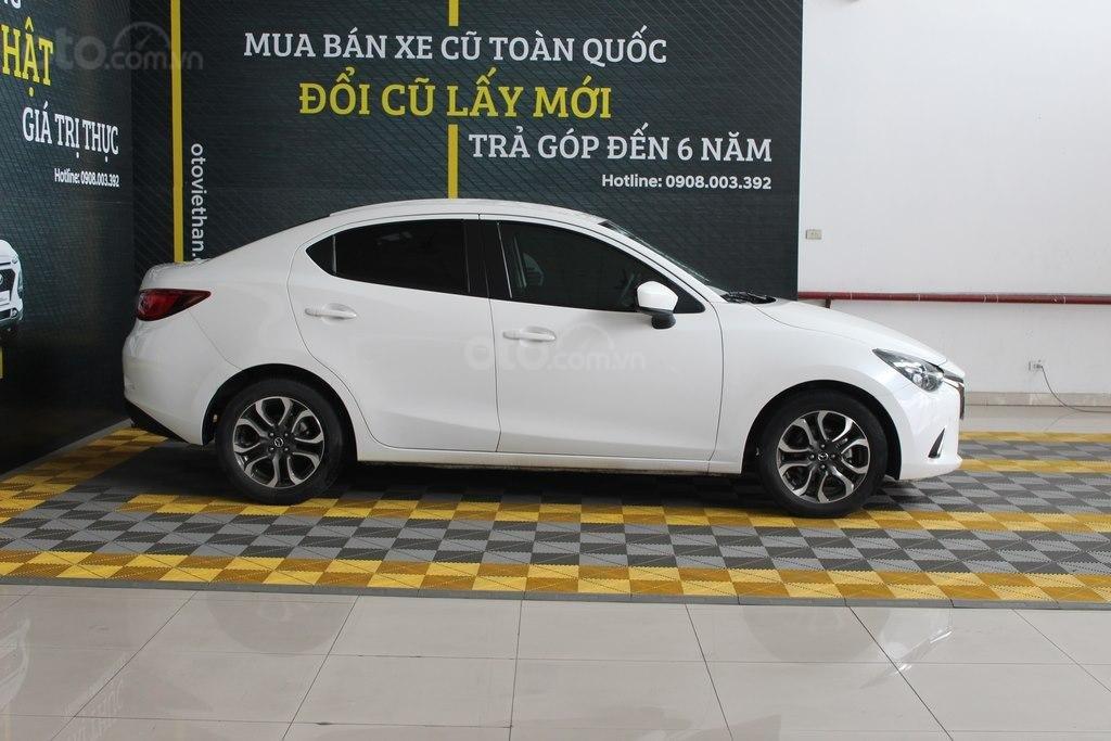 Cần bán xe Mazda 2 1.5AT đời 2017, màu trắng (5)