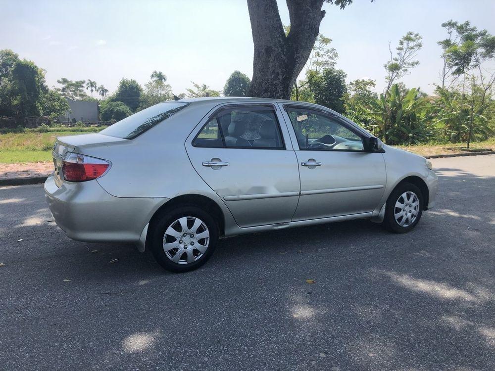 Cần bán lại xe Toyota Vios sản xuất năm 2005, màu bạc, nhập khẩu nguyên chiếc số sàn, giá 195tr (5)