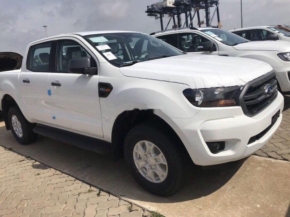 Bán Ford Ranger XLS MT sản xuất 2019, màu trắng, nhập khẩu nguyên chiếc (1)