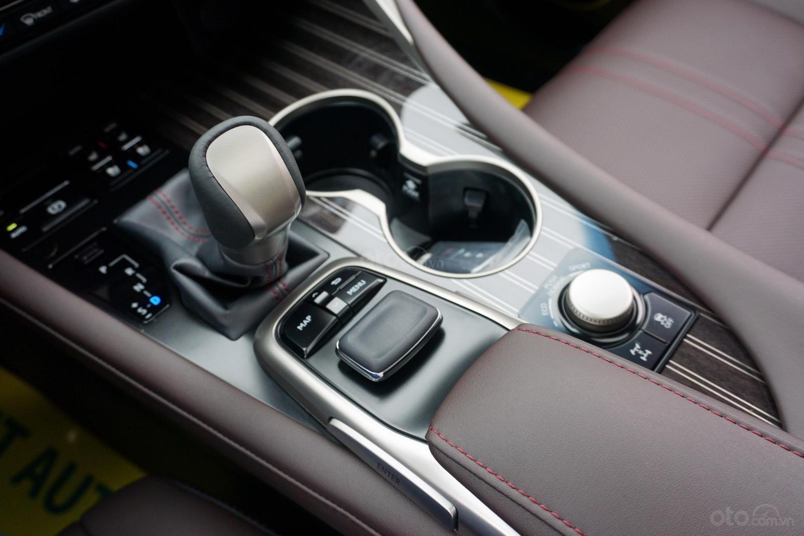 Bán Lexus RX 350 sản xuất 2019, màu đen, nhập Mỹ, giao ngay, LH 094.539.2468 Ms Hương (12)