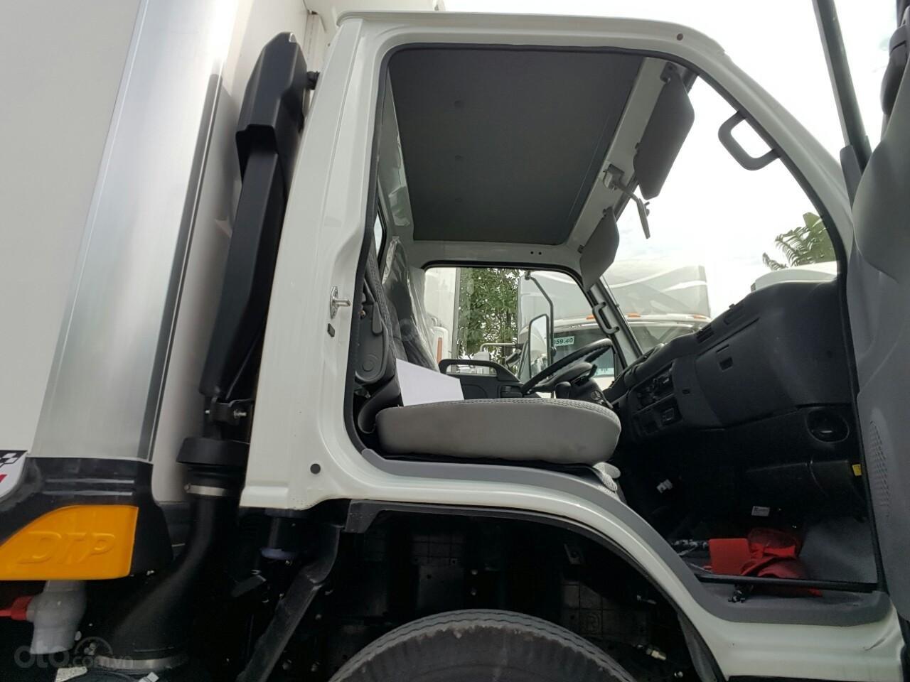 Bán Isuzu QKR77HE4 2019 2 tấn 4, là dòng xe tải nhẹ cao cấp hiện nay, ưu đãi lớn khi mua xe. LH: 0939683779 (6)