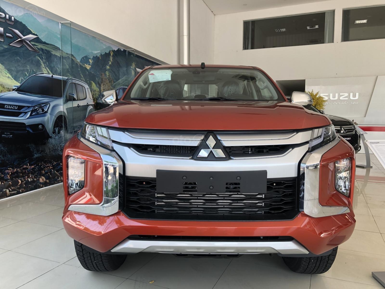 Bán Mitsubishi Outlander 2019, giá chỉ 730tr, hỗ trợ trả góp 80% giá trị xe, chương trình khuyến mãi ưu đãi (1)