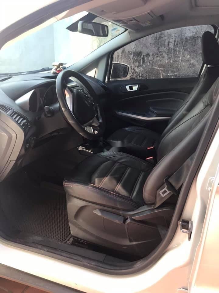 Cần bán xe Ford EcoSport năm sản xuất 2016, màu trắng (4)