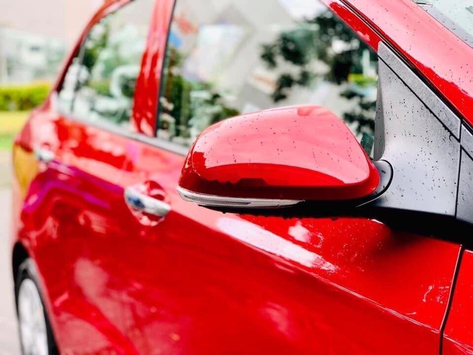 Bán Hyundai Grand i10 sản xuất năm 2019, màu đỏ, xe nhập (2)