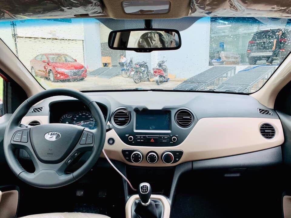 Bán Hyundai Grand i10 sản xuất năm 2019, màu đỏ, xe nhập (5)