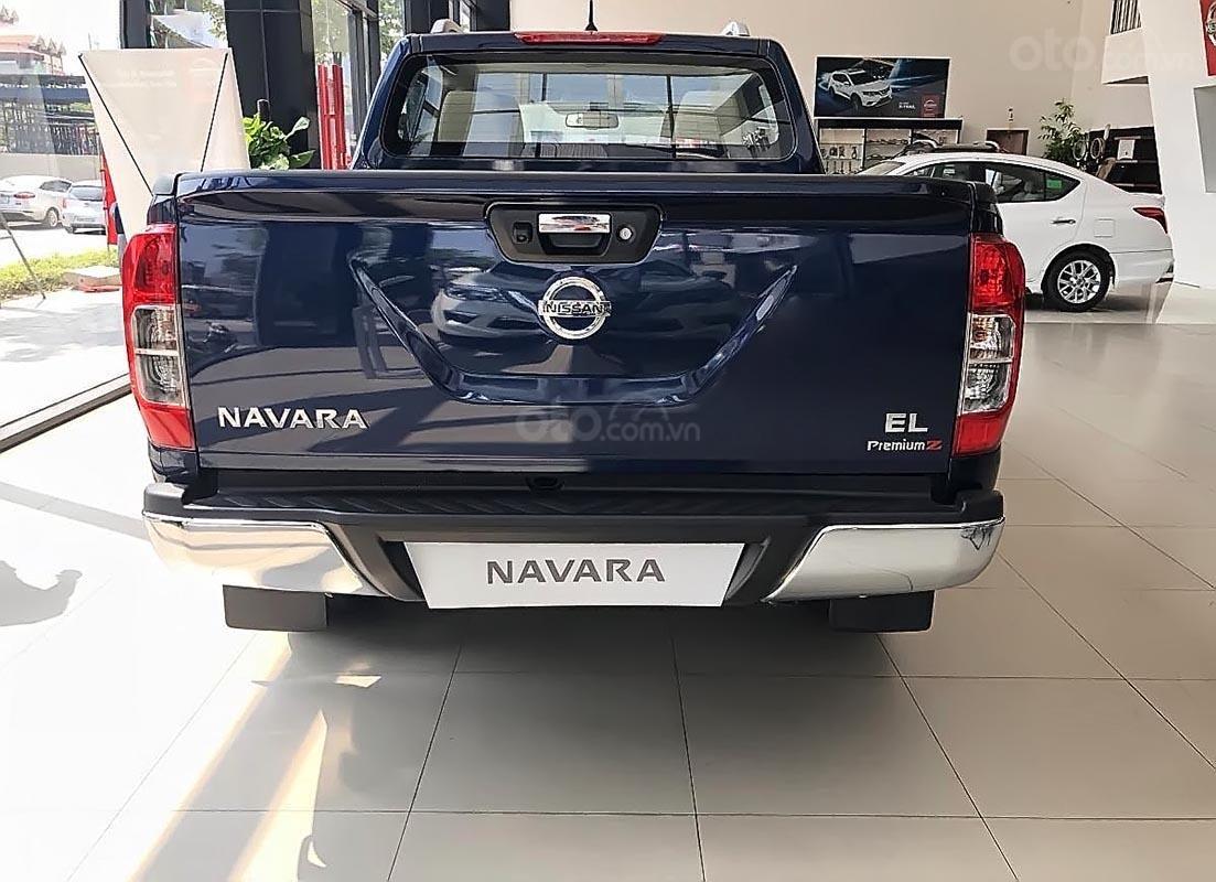 Bán Nissan Navara sản xuất 2019, màu xanh lam, nhập khẩu (4)