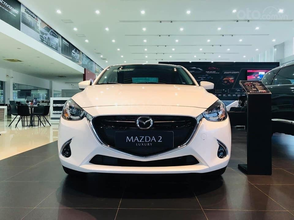 Bán Mazda 2 giá tốt nhất thị trường - giao xe tại Showroom chính hãng Mazda Bình Dương (1)