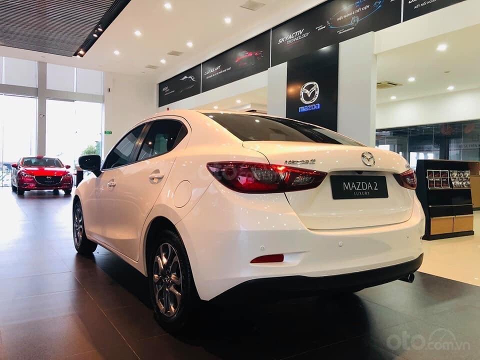 Bán Mazda 2 giá tốt nhất thị trường - giao xe tại Showroom chính hãng Mazda Bình Dương (2)