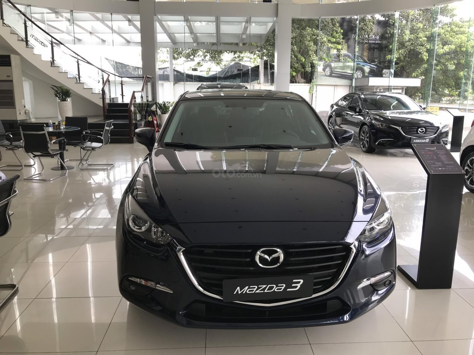 Bán Mazda 3 2019, giá sốc, quà tặng tiền mặt, nhiều ưu đãi (1)