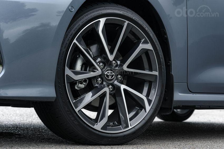Ảnh chụp vành xe Toyota Corolla Altis 2020