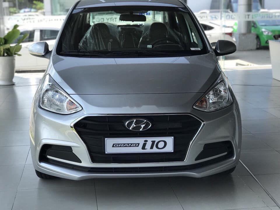 Bán xe Hyundai Grand i10 năm 2019, màu bạc, nhập khẩu nguyên chiếc (1)