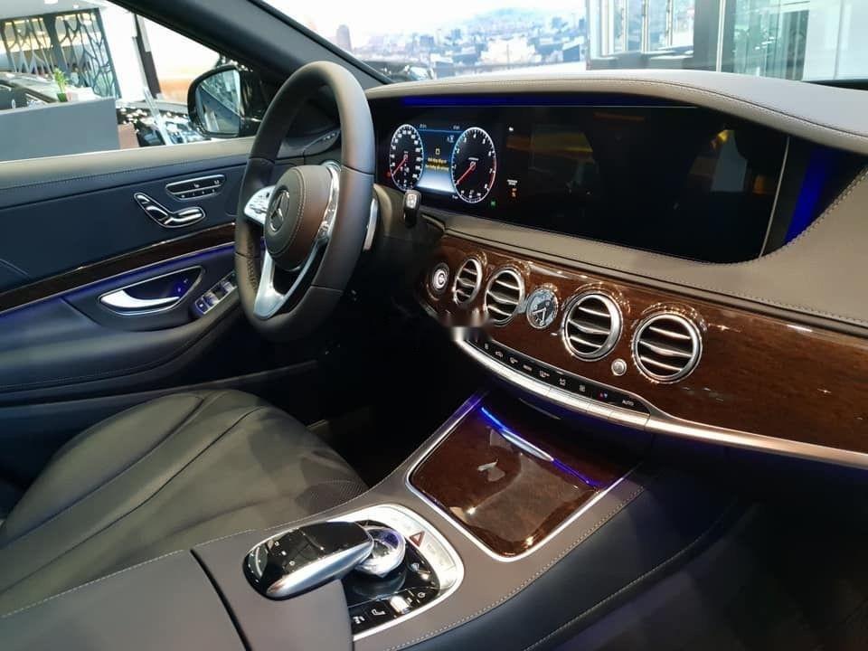 Cần bán Mercedes S450 sản xuất năm 2018, màu đen (8)