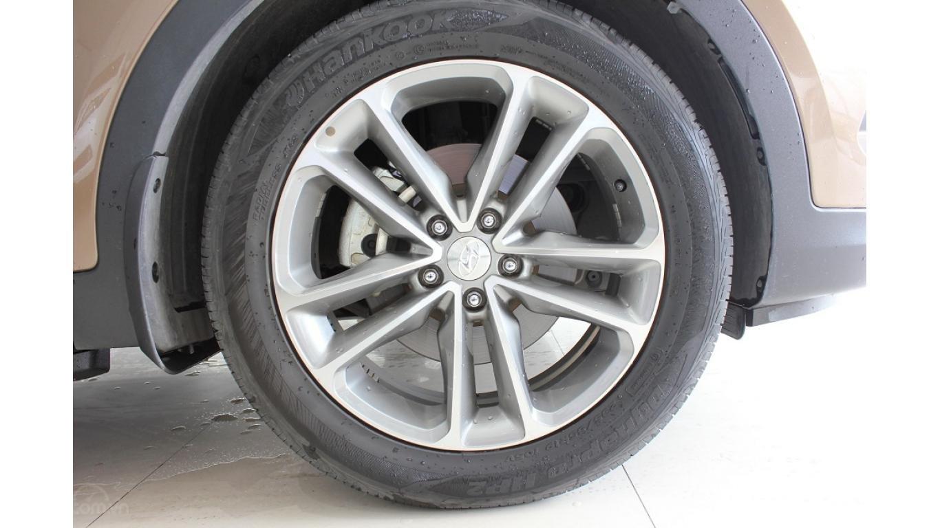Bán xe Hyundai Santa Fe 2.5 AT 2017, trả trước chỉ từ 285tr, hotline: 0985.190491 Ngọc (18)