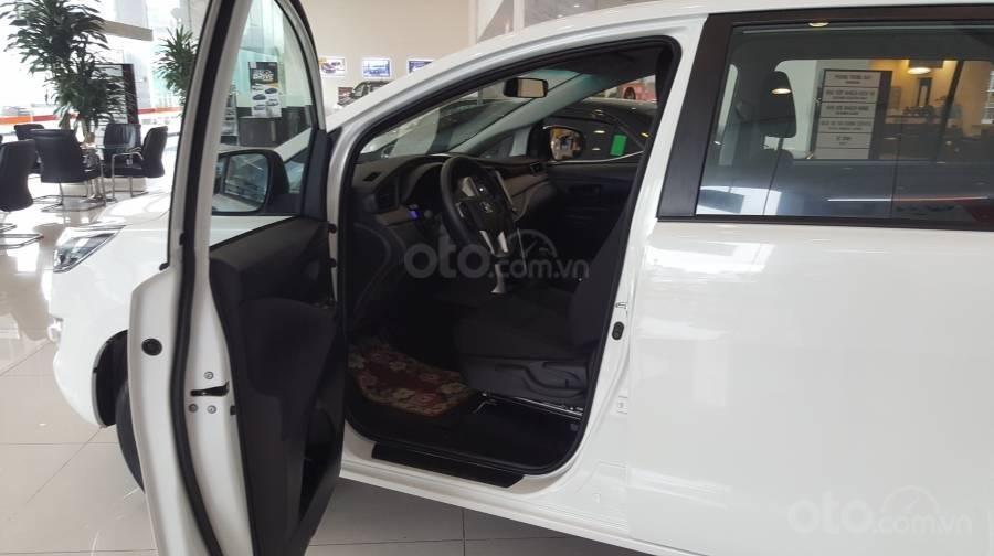 Bán xe Toyota Innova 2.0E MT 2019 giảm giá đến 60tr+ quà tặng phụ kiện Full, hỗ trợ trả góp 80% giá xe (4)