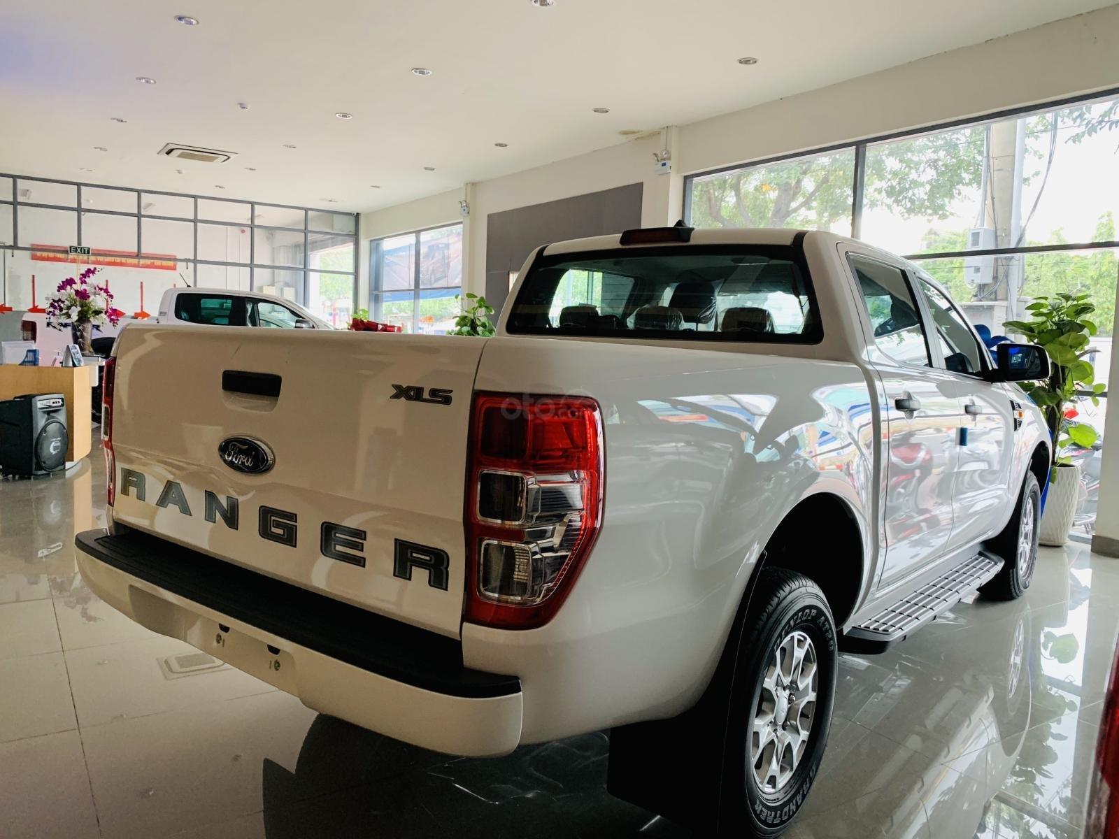 [Ford Ranger 2019 new 100%] Ưu đãi lớn tháng 09, tặng ngay bộ phụ kiện chính hãng khi mua Ford An Đô - Lh: 0987987588 (4)