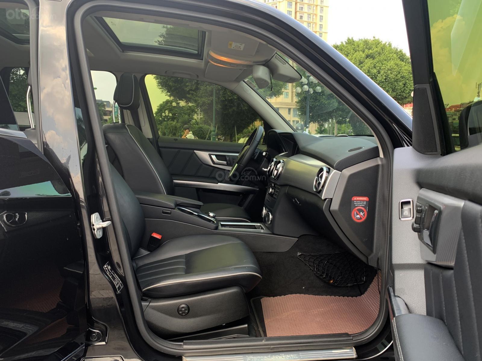 Chính chủ cần bán Mercedes 250 AMG 2.0AT đời 2016, màu đen, biển VIP, full options (9)