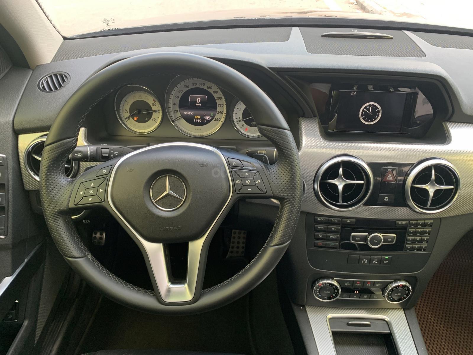 Chính chủ cần bán Mercedes 250 AMG 2.0AT đời 2016, màu đen, biển VIP, full options (11)
