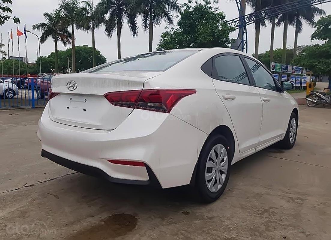 Hyundai Tây Ninh bán Hyundai Accent 1.4 MT Base đời 2019, màu trắng (5)