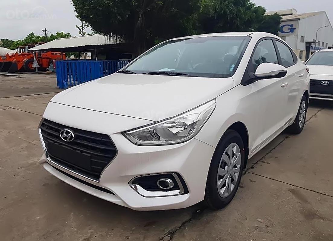 Hyundai Tây Ninh bán Hyundai Accent 1.4 MT Base đời 2019, màu trắng (3)